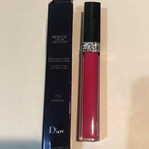 Dior Lipgloss in color Darling